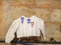série ainsi font - gravure sur tissu - vêtement ancien